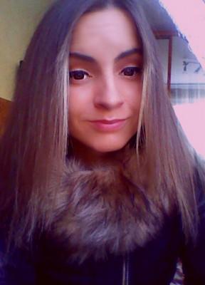 Ilona To