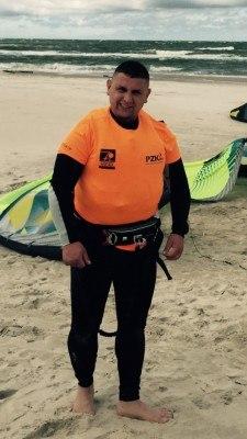 Damian windsurfing