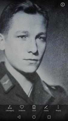 Awomir Zakowski