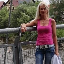 KATARZYNA JASKOLSKA