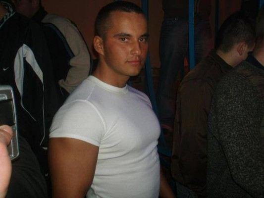 Kamil Kamil